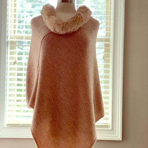 Women's Faux Fur Collar Poncho